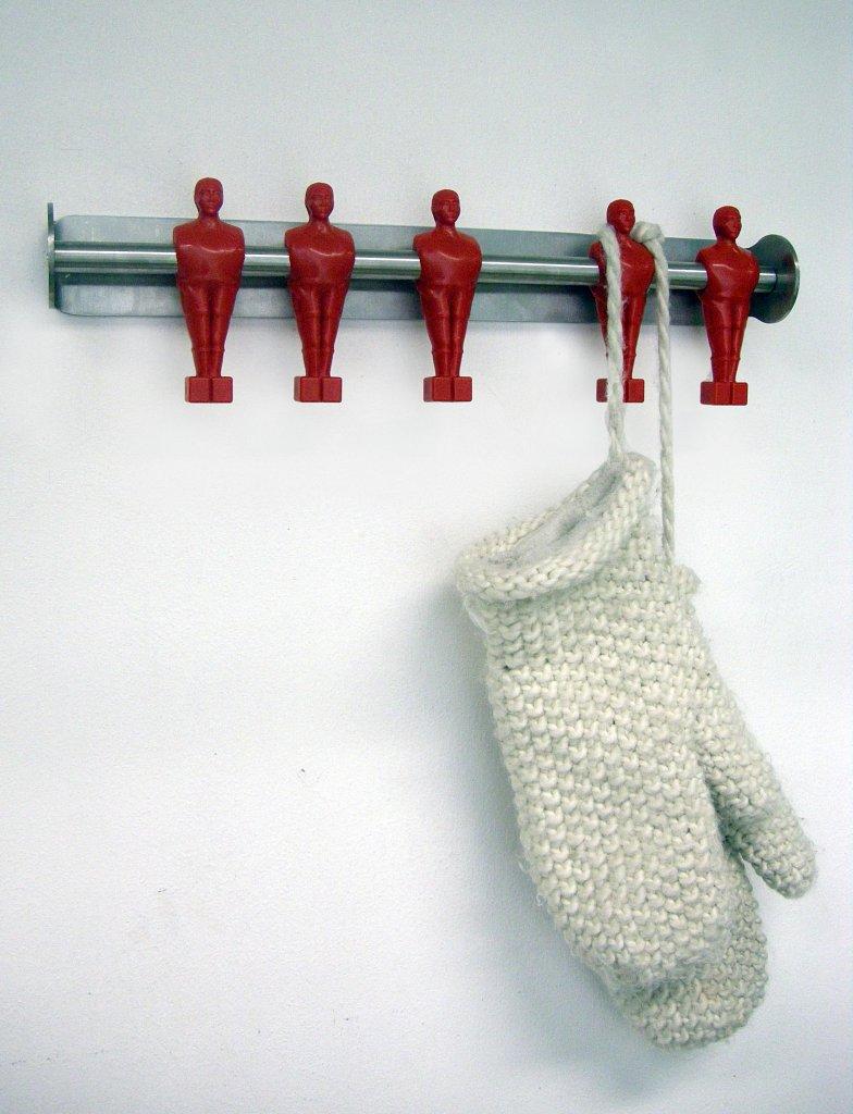 offside_red_gloves.jpg